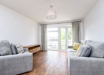Thumbnail 2 bed flat to rent in Hernes Close, Summertown