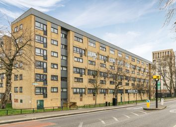 3 bed maisonette for sale in Queens Drive, London N4