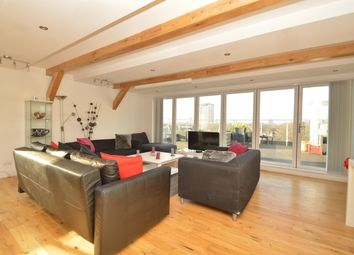 Thumbnail 3 bed flat to rent in Triangle Road, London