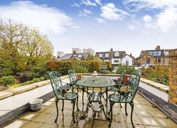 2 bed maisonette for sale in Elms Crescent, Clapham, London SW4