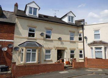 Thumbnail Flat to rent in Shelley Street, Swindon