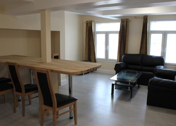 Thumbnail 2 bed flat to rent in 75 London Street, Reading