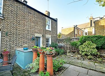 Thumbnail 2 bed cottage to rent in Mulberry Place, Hammersmith, London