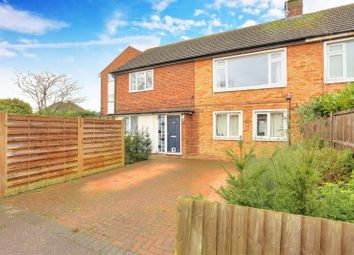 2 bed maisonette for sale in Hazelwood Drive, St. Albans, Hertfordshire AL4