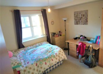 2 bed flat to rent in Ladybarn Court, Manchester, Fallowfield M14