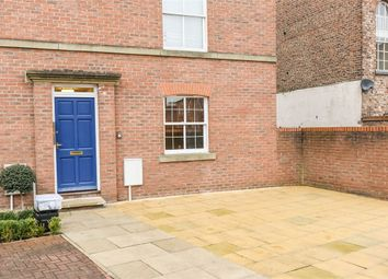 Thumbnail 1 bed flat to rent in Monkgate, York