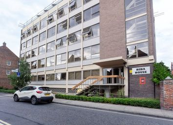 Thumbnail 1 bed flat to rent in St. Saviours Place, York