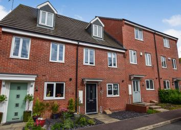 Thumbnail 3 bed town house for sale in Hetton Drive, Clay Cross, Chesterfield