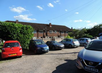 Thumbnail 2 bed maisonette for sale in Little Boltons, Marlow