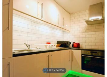 2 bed flat to rent in Conistone Way, London N7