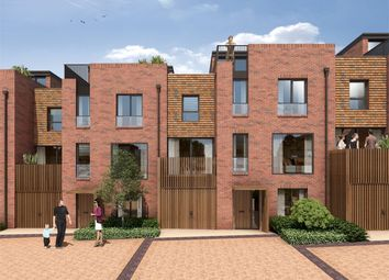 Thumbnail 4 bedroom town house for sale in Woodside Square, Muswell Hill, London
