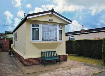 Thumbnail 1 bed property for sale in Oak Avenue, Radcliffe-On-Trent, Nottingham