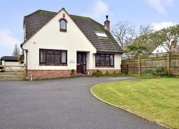 Thumbnail Detached house for sale in Kingfisher Close, West Moors, Ferndown