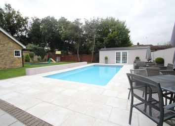 Thumbnail 4 bed property to rent in Fairlawns Close, Emerson Park, Hornchurch