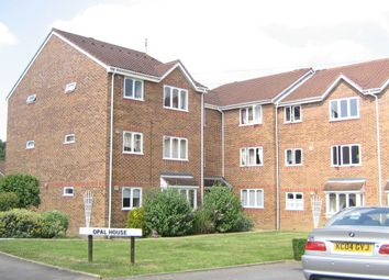 Thumbnail 1 bed flat to rent in Percy Gardens, Worcester Park