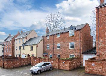 Thumbnail 2 bedroom flat for sale in Crowell Mews, Aylesbury