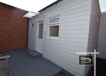 Thumbnail 1 bed flat to rent in |Ref: 1825|, Hanover Buildings, Southampton
