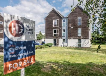 Thumbnail 2 bed flat for sale in Dulcie Close, Greenhithe