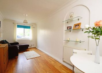 Thumbnail 1 bed flat for sale in Earlsfield Road, Wandsworth Common
