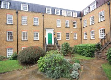 Thumbnail 1 bed flat to rent in Stapleton Hall Road, Stroud Green, London