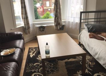 1 bed flat to rent in Russell Street, Luton LU1