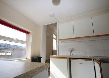 Thumbnail 1 bed flat to rent in Mount Wise, Newquay