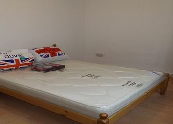 Thumbnail Room to rent in Cannon Street Road, London