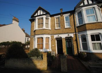 Thumbnail 1 bed flat to rent in Lymington Avenue, Leigh-On-Sea