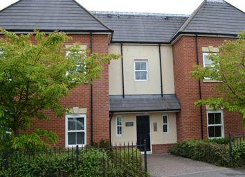 Thumbnail 3 bed flat to rent in Rockingham House, Rockingham Road, Newbury