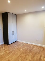 Thumbnail Studio to rent in Thornton Heath High Street, Croydon, London.
