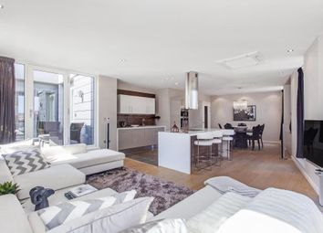 Thumbnail 2 bed flat for sale in 1 Palace Place, London