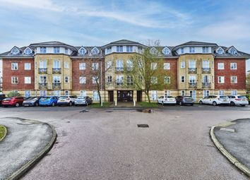 Thumbnail 2 bed flat to rent in Cheltenham Court, St Albans, Hertfordshire
