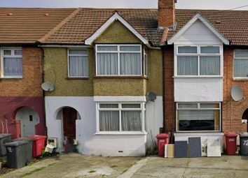 Lake Avenue, Slough SL1. 2 bed flat for sale