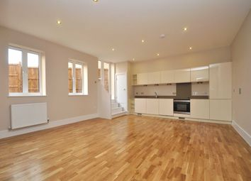 Thumbnail 1 bed flat to rent in East Street, Bromley