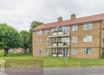 Thumbnail 2 bed flat for sale in Russells Ride, Cheshunt, Hertfordshire