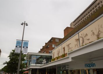 1 bed flat to rent in Middle Walk, Horsell, Woking GU21
