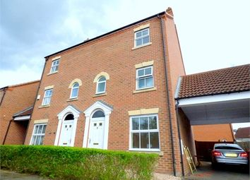 Thumbnail 4 bed town house to rent in Parsons Road, Langley, Slough