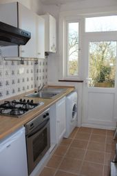 Thumbnail 1 bed flat to rent in Colney Hatch Lane, Muswell Hill, London