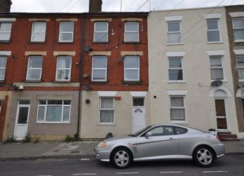 Thumbnail 1 bed flat to rent in Victoria Road, Margate