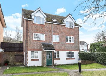 Thumbnail 2 bed maisonette to rent in Langston Court, High Wycombe