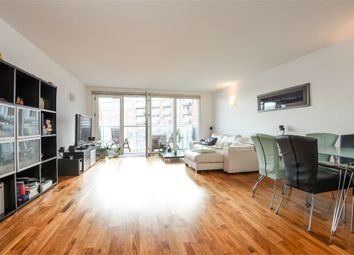 Thumbnail 2 bed flat to rent in New Providence Wharf, 1 Fairmont Avenue, Canary Wharf, London, UK
