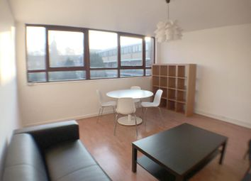 Thumbnail Maisonette to rent in Three Bed Flat, Hoxton, London