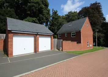 5 bed property for sale in Eton Walk, Exeter EX4