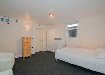Thumbnail Studio to rent in Park Crescent, Bradford