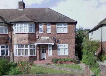 Thumbnail 2 bed maisonette to rent in Clifford Avenue, Barkingside