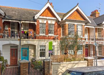 St. Matthews Road, Worthing BN11. 2 bed flat for sale