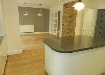 Thumbnail 4 bed detached house to rent in Lytton Road, Basingstoke