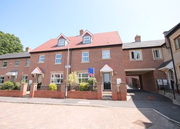 Thumbnail 4 bed detached house to rent in Folly Wood Drive, Chorley