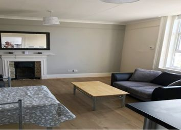 4 bed maisonette to rent in Clarendon Road, Southsea PO5