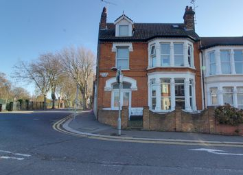 Thumbnail Room to rent in 20 Westcliff Ave, Westcliff On Sea, Essex